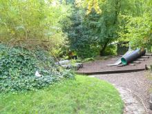 Extensive gardens image