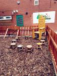 We have a Natural Extensive outdoor area. This is the outdoor reading area.