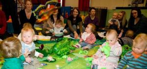 Baby Sensory's Baby Frog Session