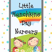 Little Munchkins Logo