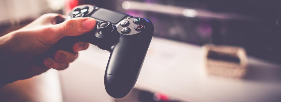 Game console remote